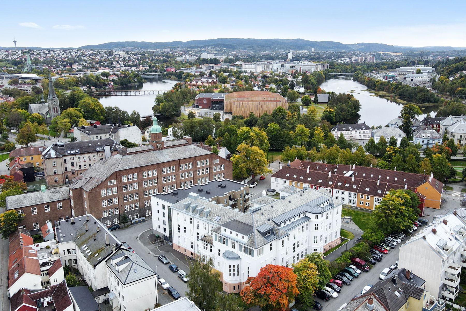 Dronebilde av St. Elisabeth